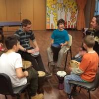 POMOČ PRI UČENJU IN ŠOLSKIH DEJAVNOSTIH; ANGLEŠKI KOTIČEK in GLASBENA DELAVNICA